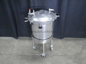 Pressure Sterilizer 40 L 15 Diameter X 14 Height On Wheel Base used Tested