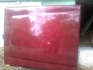 Maroon A r e 7 Foot Truck Bed Cover With Lock