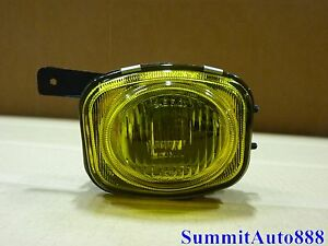 2000 2001 2002 Mitsubishi Eclipse Fog Lamp Light Assembly W Bulb Amber Right