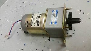 Japan Servo 24v Dc Gearhead Motor Dme60a26 1 With 6h9f Gearbox And Sprocket
