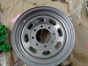 01 02 03 04 F250 F350 Ford Super Duty 16x7 Single Rear Wheel Steel Wheel