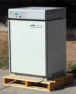 Nuaire Nu 2500 Series 30 Co2 Water jacketed Incubator