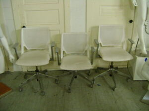 Haworth White Mesh Back Rolling Task Office Chair