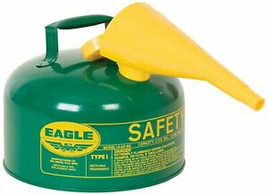 New Eagle Ui 25 fsg Green With Funnel Metal Safety Gas Can 2 5 Gal Capacity