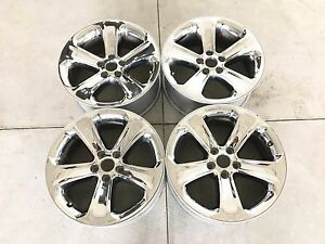 18 18 Inch Oem Factory Chrysler Dodge Charger Wheels Rims Set 4 Chrome 18x7 5