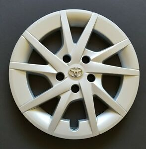 One New Wheel Cover Hubcap Fits 2012 2016 Toyota Prius V Style 16 Silver