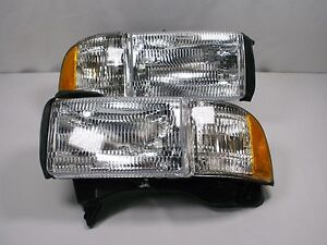 New Set Fits 95 00 Dodge Ram Pickup 1500 Truck Headlights Park Corner Lights