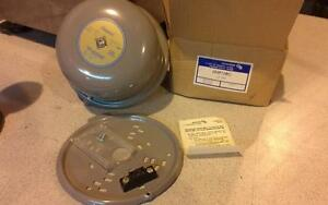 Edwards Signaling 340 6e5 Adaptabel Vibrating Bell 0 7a 12v 60hz
