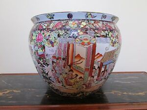 Guangxu Period Large Hand Paintedflower Pot Famille Rose