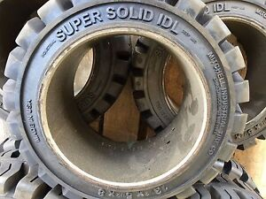 Super Solid Idl 13 1 2x5 1 2x8 Solid Forklift Press on Tire All Terrain Tires