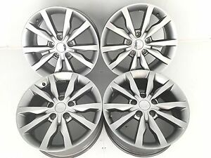 18 18 Inch Oem Factory Genuine Chrysler 200 300 Wheels Rims Silver 18x8 5x115