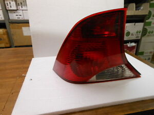 2000 2004 Ford Focus Left Driver S Side Tail Light