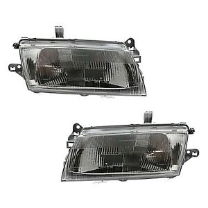 Headlight Set For 97 98 Mazda Protege Driver And Passenger Side W Bulb