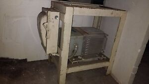 General Electric Transformer On Steel Stand W 30 Amp 600v Fused Disconnect