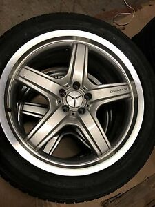 Mercedes Benz Gl 550 Amg Oem 21 Original Wheels Great Condition
