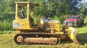 2007 Cat Caterpillar D3g Xl Crawler Dozer 3000 Hrs Runs Great 77hp