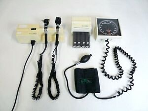 Welch Allyn 767 Transformer Otoscope Ophthalmoscope W 2 Heads Accessories