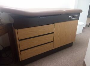 Joerns Exam Table 987h W Storage Stirrup Footstool Used Good Condition