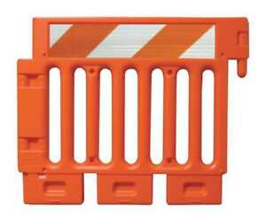 Crowd traffic Control Barricade orange Plasticade Csp sw38 o hipfrhl