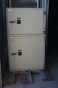 Mosler Safe Vault Two Safes In One Combination Key Access