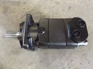 Volvo Rm 43910330 Hydraulic Auger Motor Assembly Paving Machine P7110 P7170