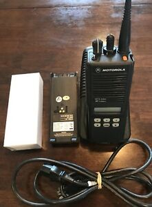 Motorola Mts 2000 Uhf1 403 470 Includes Charger Programming And New Battery