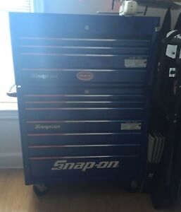 Snap On Tool Box Bottom Roll Cab With Top Chest With Lots Of Tools