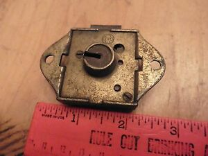 Yale Towne Vntg Door Lock Dead Bolt Latch Antique Hardware Skeleton Key Hole