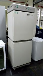Nuaire Nu s8700 Ir Autoflow Co2 Water Jacketed Double Chamber Incubator