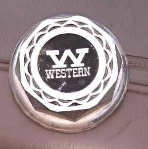 Pre owned Western Chrome Wheel Center Cap part Number 99 250