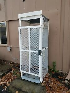 Vertical Gas Cylinder Storage Locker Cage