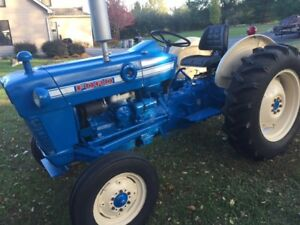 1968 Ford 3000 Tractor Very Nice