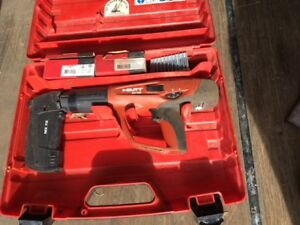 Hilti Dx 460 mx Powder Actuated Fastening System W mx 72 Fastener Mag Extras