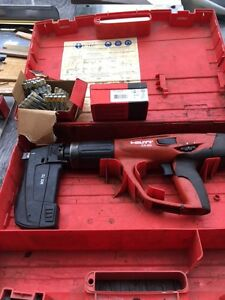 Hilti Dx 460 f8 Powder Actuated Fastening System W mx 72 Fastener Mag Extras