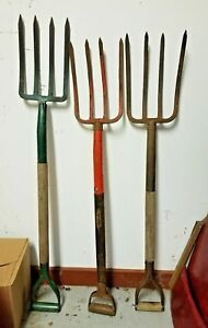 Antique 4 Tine Lot Of 3 42 Pitch Fork Primitive Wooden Handle Pitchfork Tools