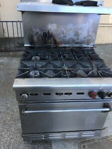 Wolf Commercial Foodservice Heavy Duty 6 Burner Gas Range Stove With Oven