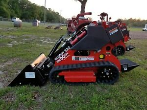 New Morbark Boxer 320 Mini Skid Steer Gas Engine 20 Hp Free Bucket