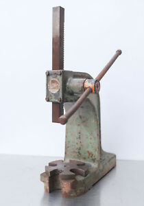 Dake Atlas No 1 Arbor Press 2 Ton Vintage Usa Made Mandrel Press