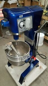 Hobart 30 Qt D300 Mixer Single Phase With Bowl And Attachments