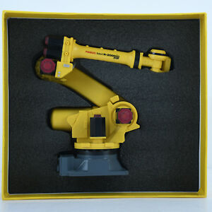 Fanuc R 2000ic Robot Model Manipulator Arm Model Vertical Multiple joint R2000ic