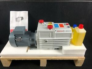 new In Box Pfeiffer Vacuum Duo 20m Vacuum Pump 24m h