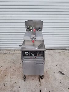 Henny Penny 600 Natural Gas Pressure Fryer Chicken Fry