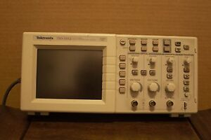 Tektronix Tds 1012 Digital 2 Channel Oscilloscope Recent Calibration Sticker