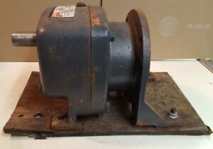 Dayton Model 2z932a Speed Reducer Ratio 57 5 1 At 1725 Rpm