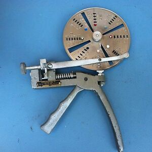 Vintage Curtis Key Cutter Model 14 W28