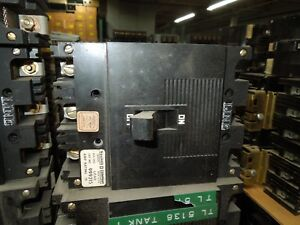Square D Type Ml 1 999315 15a 3p 600vac Circuit Breaker Used