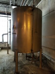 1 200 Gallon 304 Stainless Steel Cone Bottom Tank
