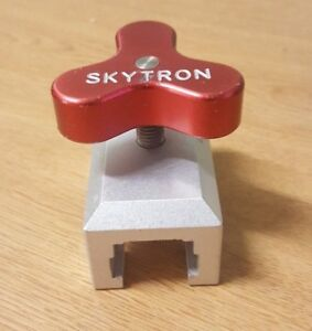 Skytron Or Table Ez Grip Bar Clamp 6 030 05