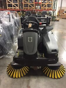 Karcher Km 105 110 Ride On Floor Sweeper W Batteries 2 Brushes Demo Equipment