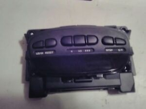 04 09 Dodge Durango Overhead Console Digital Display Homelink Buttons